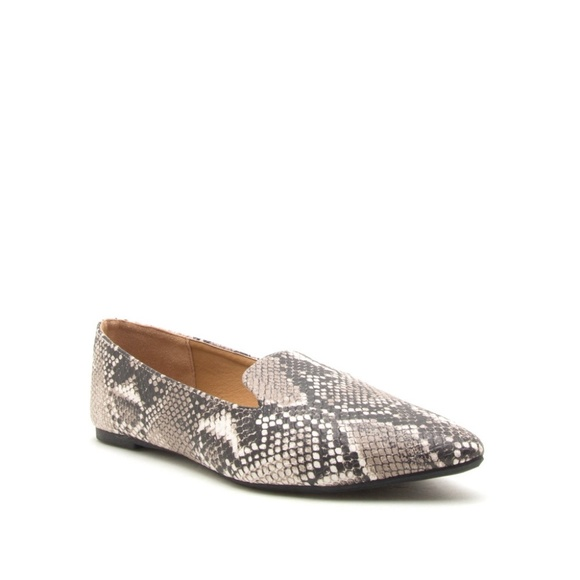 Qupid Shoes   Snake Print Pointed Toe